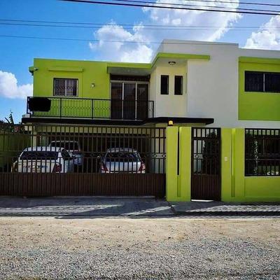 Hermosa Casa En Autopista De San Isidro