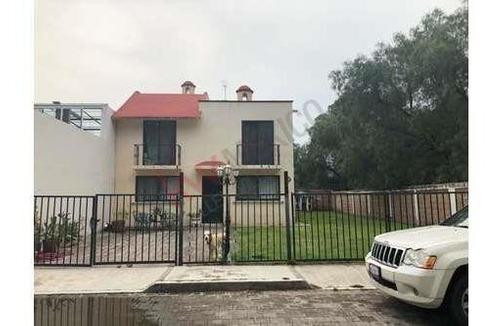 Casa En Venta, Querétaro, Centrica , Estilo Colonial $3´600,000.00