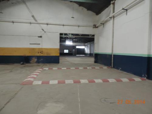 Alquilo Depósito Con Salón Comercial En Paysandu