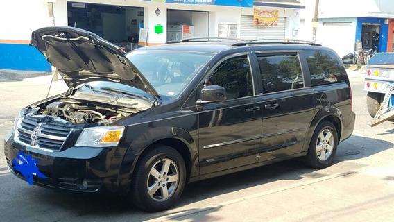 Dodge Caravan Van