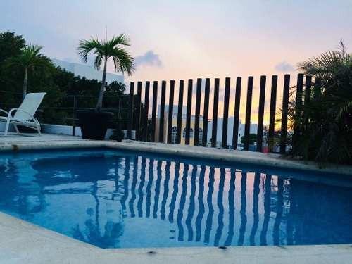 Bonito Departamento 2 Hab Planta Baja Centro Playa Del Carmen C2583