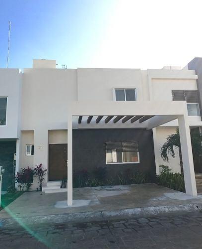 Casa En Condominio En Cancún Centro, Benito Juárez