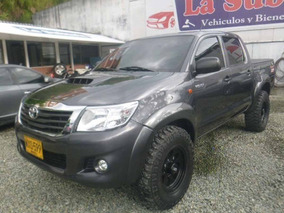 Excelente Toyota Hilux, 2015, Diesel,doble Cabina,2500cc