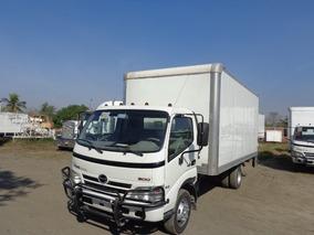 Hino Serie 300-816 /2011 S/largo Mz