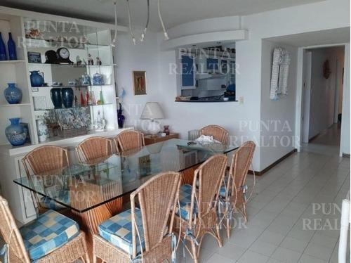 Apartamento En Alquiler En Parada 2 Playa Brava 3 Dormitorios- Ref: 306