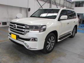 Toyota Sahara Land Cruiser 200