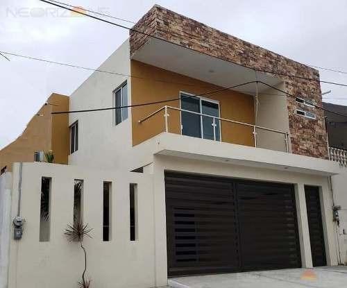 Casa En Venta En Col. Vicente Guerrero, Ciudad Madero