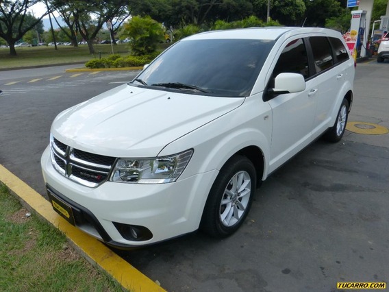 Dodge Journey At 2400cc 4x2