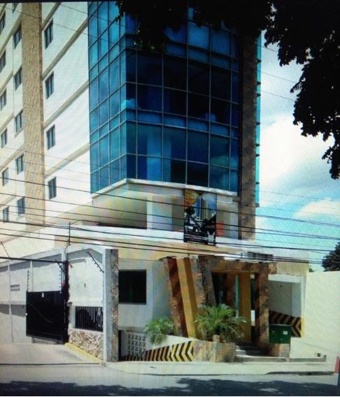 En Maracay Las Delicias 04144530004