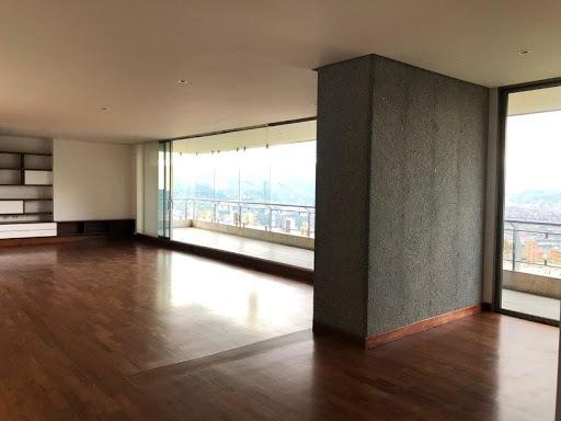 Apartamento En Arriendo El Tesoro 472-1198