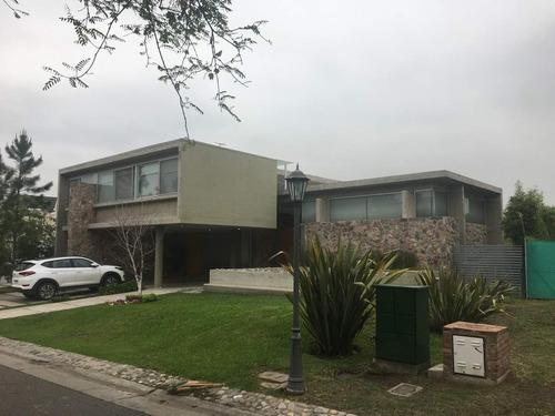 Imagen 1 de 27 de Casa De 4 Dormitorios En Venta En Barrancas - Urca
