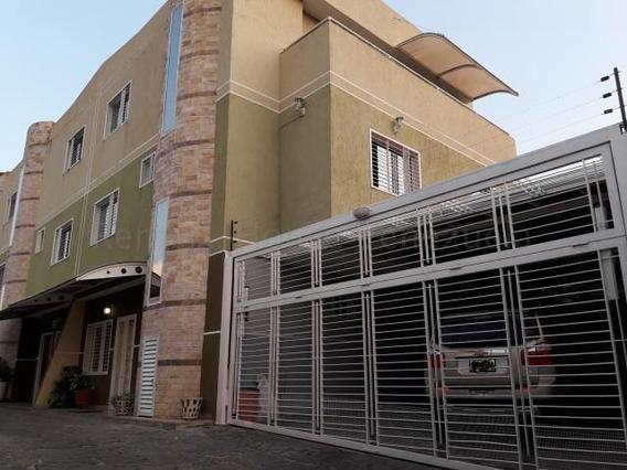 Town House Venta Urb Andres Bello Maracay Aragua Mj 20-8744