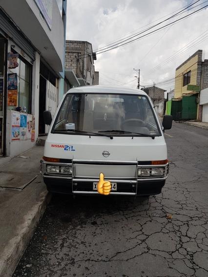 Nissan Vanette 2.4