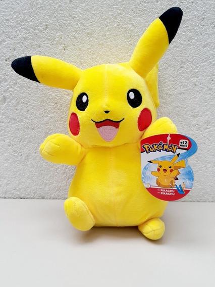 Boneco Pokémon Pikachu Pelúcia 20 Cm