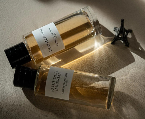 Perfume Nicho Dior Collection Privée Leather Oud 5ml, Leer!