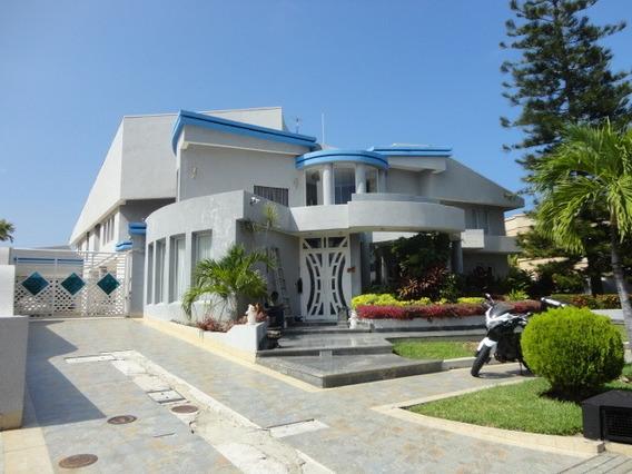 Casa En Venta En Las Villas Del Morro Sin Muelle Lechería
