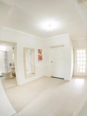 Casa À Venda Em Vila Aeroporto - Ca210802