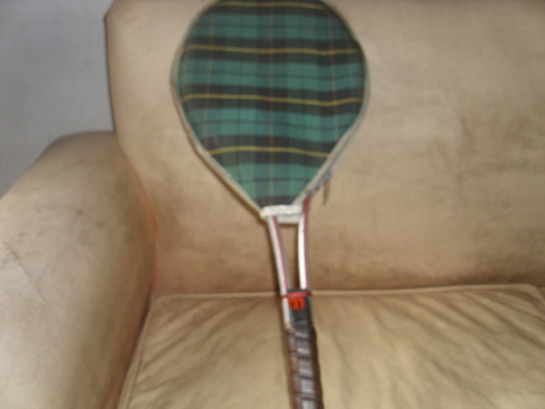 Raqueta De Tenis Antigua Con Funda De Aluminio
