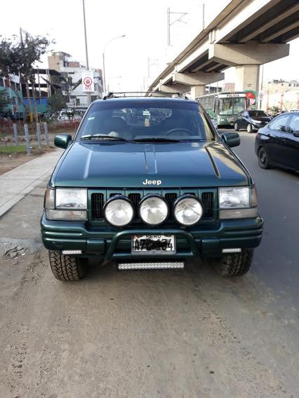 Vendo Por Viaje- Camioneta Jeep - Grand Cherokee Limited