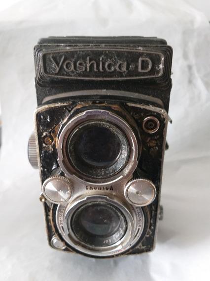 Máquina Fotográfica Antiga Yashica D