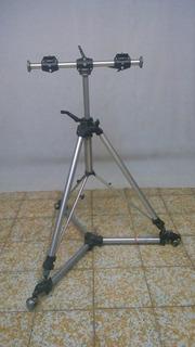 Tripie Para Cámara. Manfrotto Modelo 058, Con Base Manfrotto