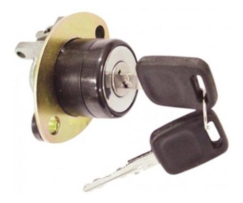 Imagem 1 de 3 de Fecho Fechadura Botão Porta Malas Elétrico Ford Versailles