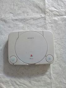 Ps1 Original Sony.só O Aparelho Sem Cabos E Sem O Comtrole.
