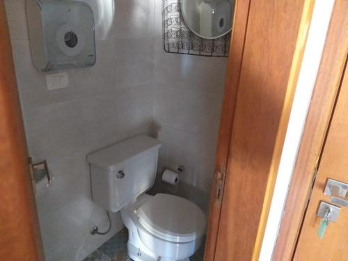 Sala Comercial No Centro - Bem Localizada - 1 Banheiro