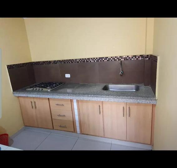 Minidepartamento Con 2 Habitaciones Una Cocina Un Baño Todo