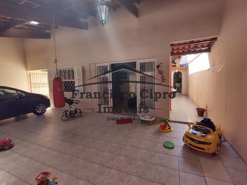 Imagem 1 de 23 de Casa Térrea À Venda Em Guaratinguetá/sp - Cs463