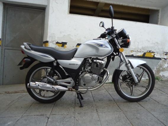 Suzuky En125 Gris