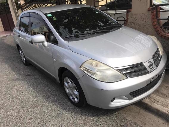 Nissan Tiida Tilda 2011