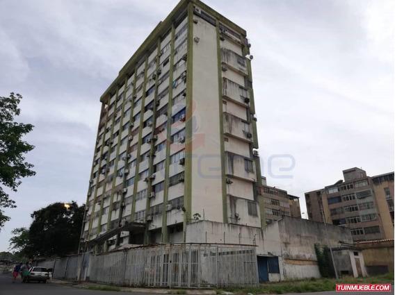 Apartamento Villa Central Puerto Ordaz En Venta