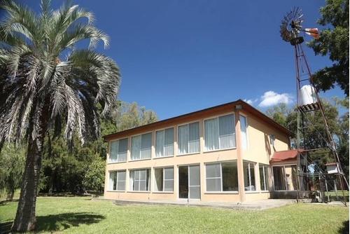Casa Quinta  En Venta Ubicado En Pilar,  G.b.a. Zona Norte