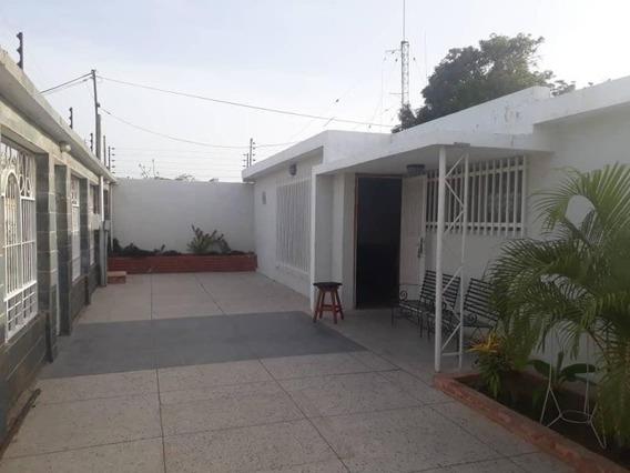 Casa Alquiler La Floresta Maracaibo Api 4195 Mm