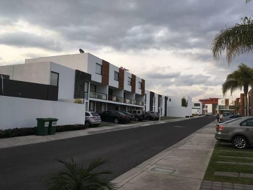 Jm/bonita Casa En Renta En Santa Fe, Juriquilla