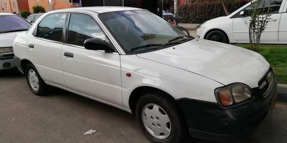 Chevrolet Esteem 1.3 2002 Blanco 4 Puertas