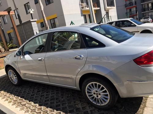Imagem 1 de 7 de Fiat Linea 2010 1.9 16v Absolute Flex Dualogic 4p
