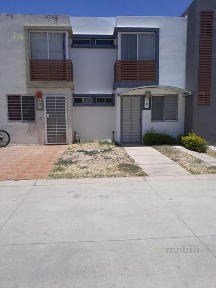 Casa - Fraccionamiento Campo Real