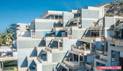 Terraza Marina. Apartamento En Venta, Lecheria.