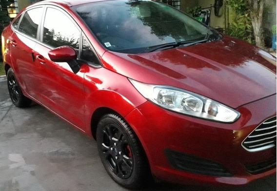 Ford Fiesta Kinetic Design 1.6 Sedan S Plus 120cv 2014