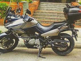 Suzuki- Vstrom 650 Gris