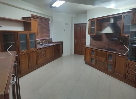 Apartamento En Alquiler Sector La LagoCc33697