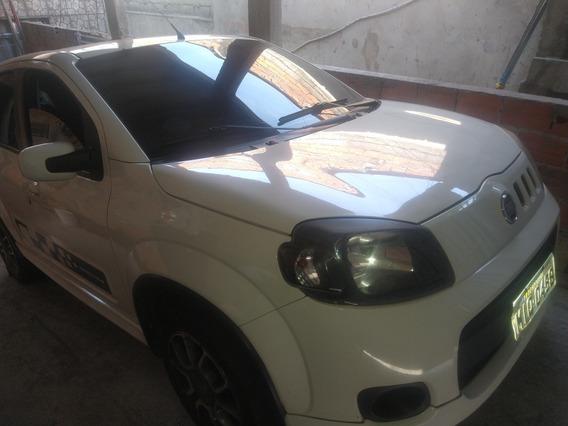 Fiat Uno 1.4 Sporting Flex 5p 2012