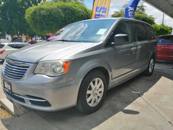 Chrysler Town & Country Motor 3.6 2015 5 Puertas Plata