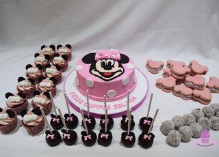 Mesa Dulce Minnie 30 Personas - Torta Cupcakes Cakepops