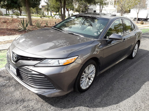 Toyota Camry 2.5 Xle At 2018