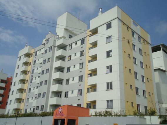 Apartamento No Floresta Com 2 Quartos Para Locação, 53 M² - Lg1586