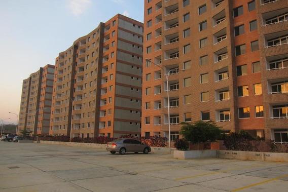 Apartamento En Venta Yelixa Arcia Codigo Mls #18-7865