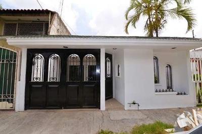 Casa De Una Planta En La Colonia Morelos